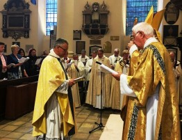 2017. 07. 01 - Fr Giles during his ordination service