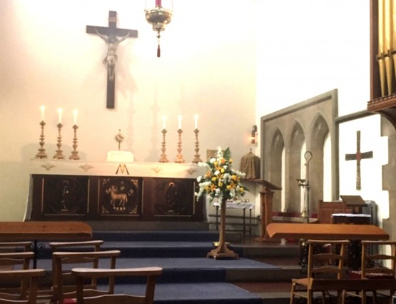 2020. 06. 20 - Holy Trinity reopens for private prayer - from Jenny Mills (1)